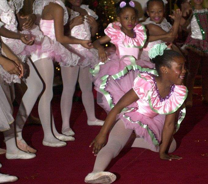 Youngsters-get-taste-of-ballet-and-full-helping-of-fun-2