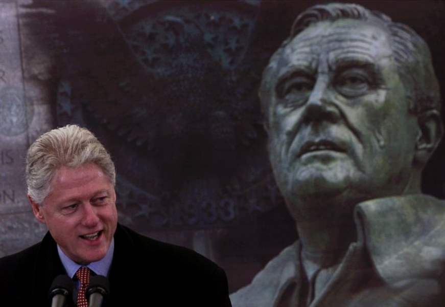 CLINTON-FDR-WHEELCHAIR