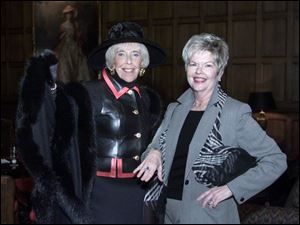 Co-chairs Jean Smith, left, and Sharon Lynch at the Garden Club Forum benefit preview.