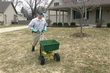 Spring-is-time-to-get-the-jump-on-crabgrass