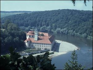 The Weltenburg monastery, which stands on the banks of the Danube River in Germany, brews seven types of beer and serves them to visitors.