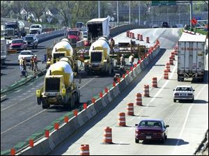Paving has begun on I-280, which is being widened between Manhattan Boulevard and the Buckeye Basin Greenbelt Parkway in conjunction with the new Maumee River bridge.