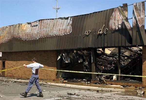 fire devastates brondes ford the blade. Black Bedroom Furniture Sets. Home Design Ideas