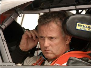 Ricky Rudd prepares for his qualifying run for tomorrow's Sirius Satellite Radio 400 at MIS. He placed 26th, checking in at 186.263 mph.