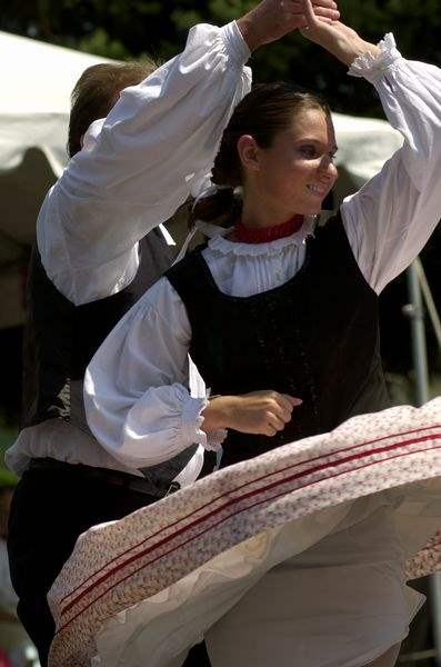 Hungarian-fest-focuses-on-food-fun-and-dancing