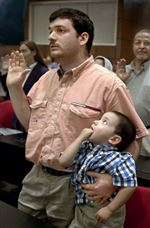 New-citizens-pledge-loyalty-to-America