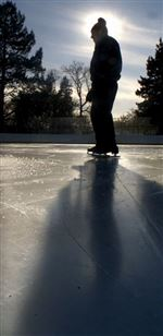 Alone-on-the-ice-Lone-skater-Don-Metzger