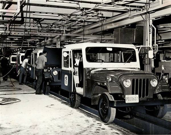 Jeeps Ready For Mail The Blade