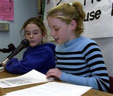 Skilled-4th-graders-nix-jitters-in-broadcasts