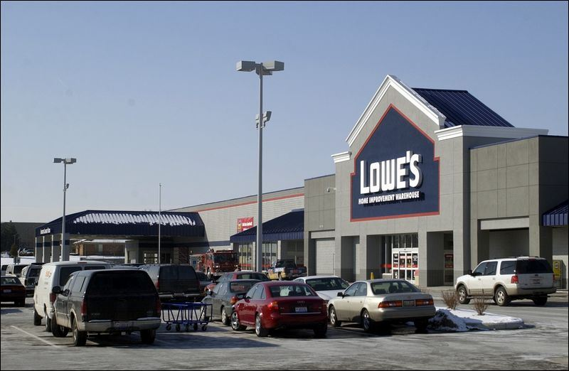 Area retail occupancy picks up toledo blade - Lowes in toledo ...
