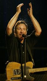 BRUCE-SPRINGSTEEN-PERFORMS-IN-ASBURY-PARK