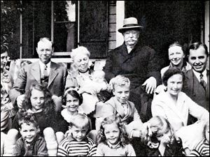 Gov. Bob Taft's great-grandfather, former president William Howard Taft, in hat; grandfather, Robert A. Taft , back row, second from left, and father, Robert Taft, Jr., second row, far left, sit for a family portrait in the late 1920s.