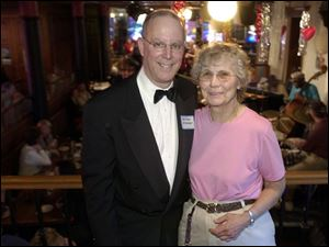 JAZZ TIME: Jeff Jaffe of the Toledo Jazz Society and Joan Russell, Murphy's Place co-owner, are all smiles.