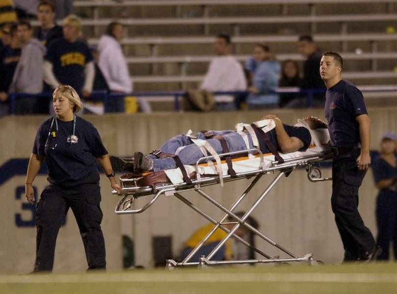 Falling-goal-posts-injure-two-UT-students