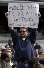 Tigers-avoid-tying-Mets-mark-by-beating-Twins-2