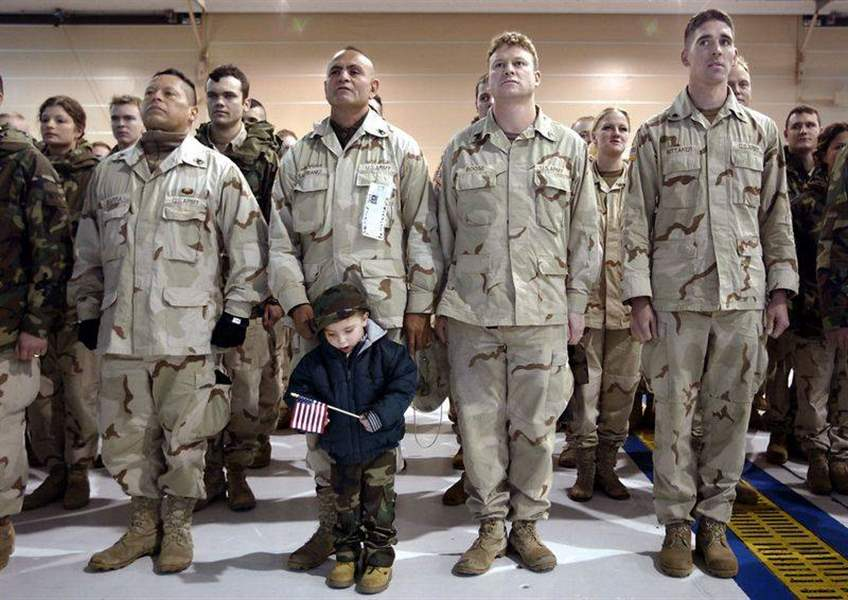 Guardsmen-return-to-Toledo-after-8-month-Iraq-deployment-2