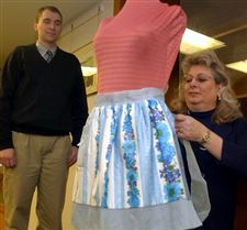 Perrysburg-Aprons-featured-in-show