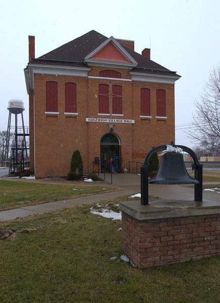 Edgerton-Piece-of-history-in-need-of-repair-2