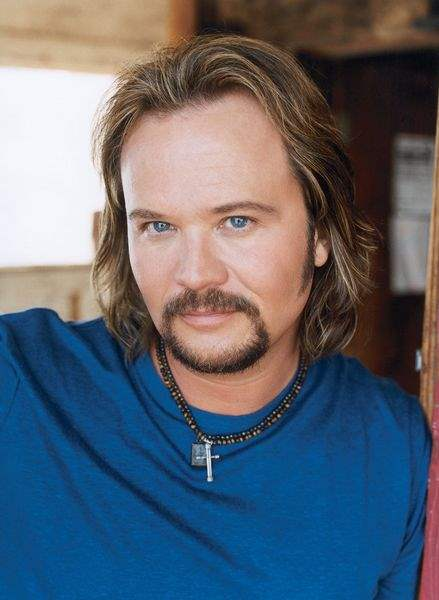 Former-bad-boy-Travis-Tritt-changes-his-life-but-not-his-music