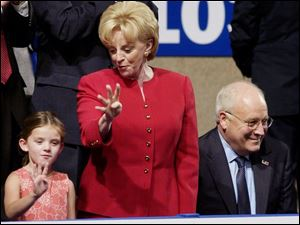 Lynne Cheney show her granddaughter how to signify four more years.