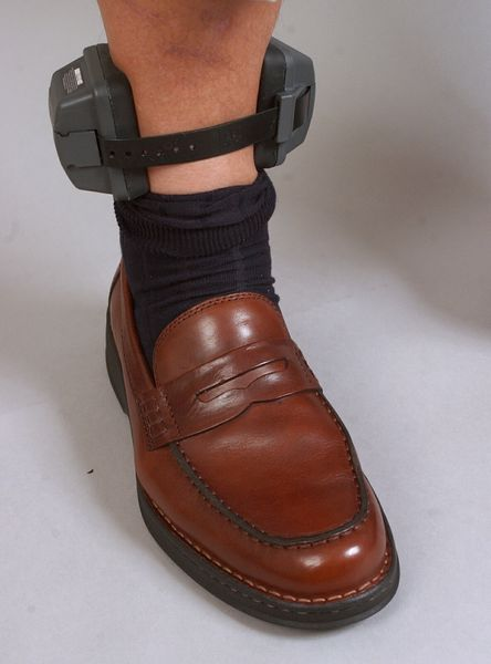 Ankle Bracelet Puts Clamp On Drinking By Alcohol Offenders
