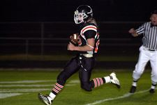 Donald-in-high-gear-Otsego-back-has-201-yards-4-touchdowns-2