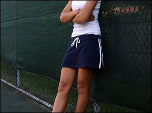 Nortre Dame tennis player junior Neela Vaez. Lisa dutton 08/23/2004 SPT tennis26p 2 .jpg