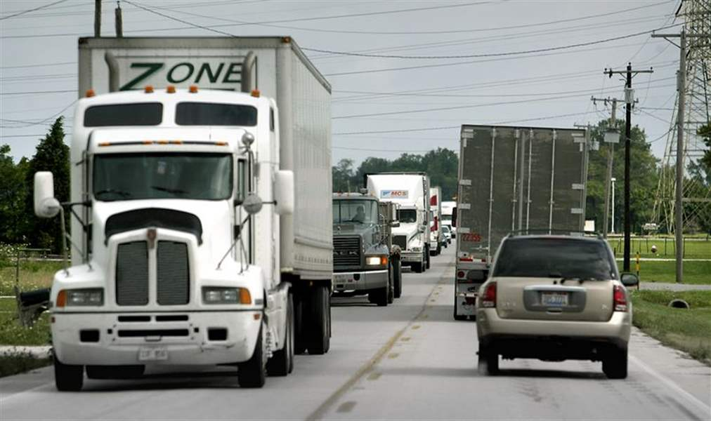 Ohio-to-cut-turnpike-s-truck-tolls-average-big-rig-to-pay-11-45-less