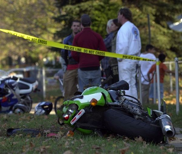 Police 1 Dead Seven Wounded At Denver Motorcycle Event: Crash Injures 2 Cyclists