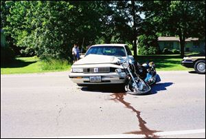 In June, 2001, Dennis Lewinski was nearly killed when a car pulled out in front of his motorcycle on Route 2. More than three years later, he still can t remember details of the collision.
