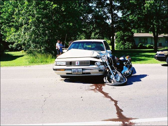 Rt. 2 crash leaves area couple with thoughts of lost dreams In June, 2001, Dennis Lewinski was nearly killed when a car pulled out in front of his motorcycle on Route 2. More than three years later, he still can t remember details of the collision.