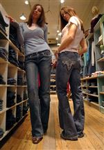 Hot-pants-Pricey-jeans-are-fashionable-2