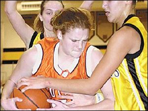 Southview's Kelsey Navarre tries to keep the ball from Northview's Niki McCoy, who scored 14 points.