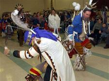 Lima-powwow-presents-tribal-culture-crafts-2