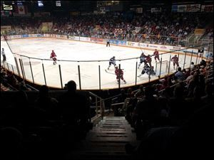 The Toledo Storm s attendance at the Sports Arena has been hurt by the fact that the team has just 750 season-ticket holders, half of what management says it needs for fi nancial stability.