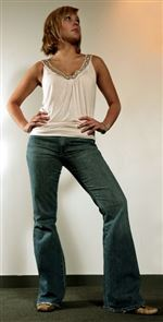 Just-right-jeans-Customers-get-help-finding-the-perfect-pair