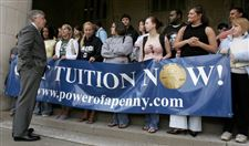 UT-students-push-tuition-reform