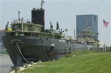 Mayor-takes-step-to-reopen-museum-ship