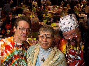 FEELIN  GROOVY: Mark and Deb McLaren and Roger