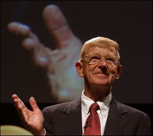 Lou Holtz, who took six schools to bowl games, addresses the