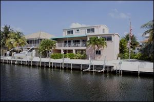 This home at 122 Court Contessa in Islamorada, Fla., is a vacation home formerly owned by Tom and Bernadette Noe. Gov. Bob Taft s former chief of staff rented the home for $300 to $500 for a week.