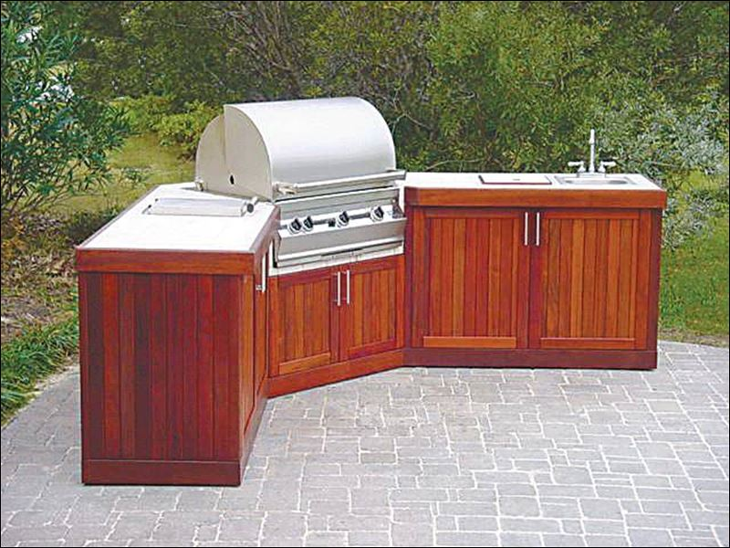 Outdoor kitchens toledo blade for Ready made outdoor kitchen