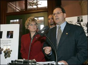 Ohio Sen. Marc Dann (D., Liberty) predicts voters in 2006 will punish Republican candidates at the polls.