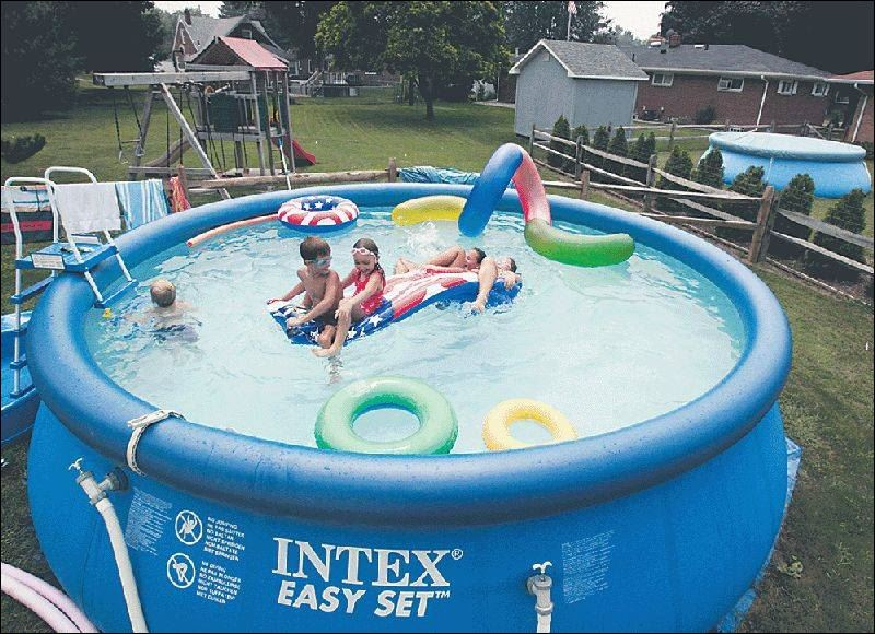 Inflatable pools make a splash, but owners irked over permits  Toledo