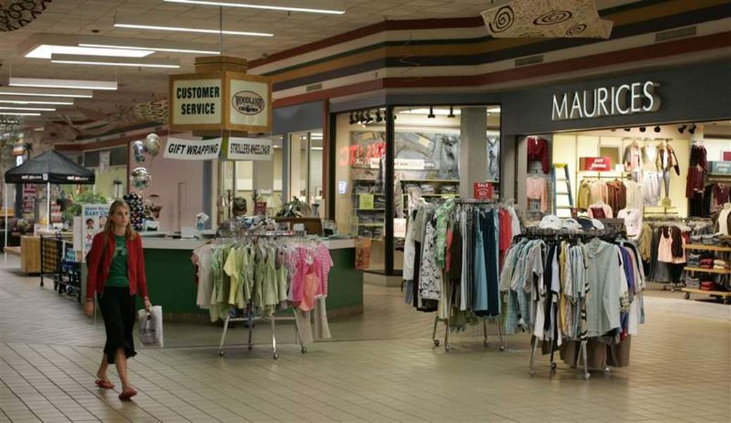 Bowling-Green-mall-lands-national-clothing-retailer