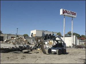 Land where Valiton Motors is being torn down to make room for a restaurant went for