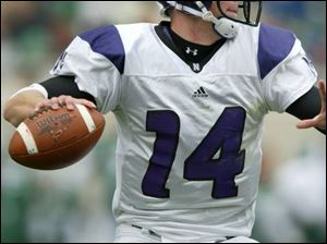 Northwestern QB Brett Basanez has the Wolverines worried. The Wildcats are 3-1 in the Big Ten.