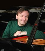 Pianist-illuminates-the-essence-of-the-music-he-plays