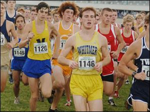 Whitmer s Skyler Schmitt keeps up with the leaders right from