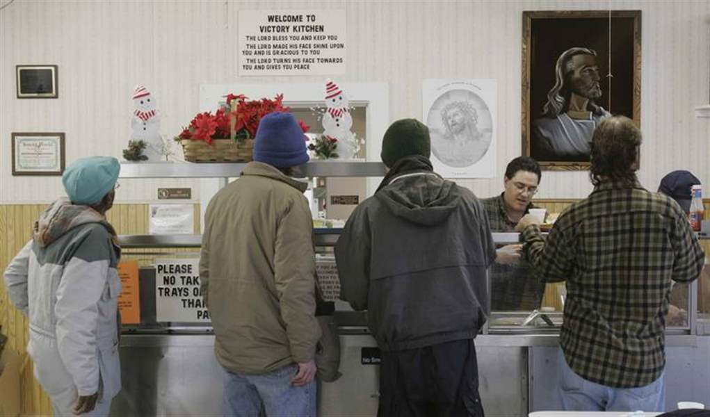 Going-hungry-in-Ohio-and-Michigan-Soup-kitchens-find-need-outpaces-resources-2